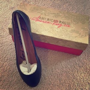 Brand new American Rag black flats in a size 9